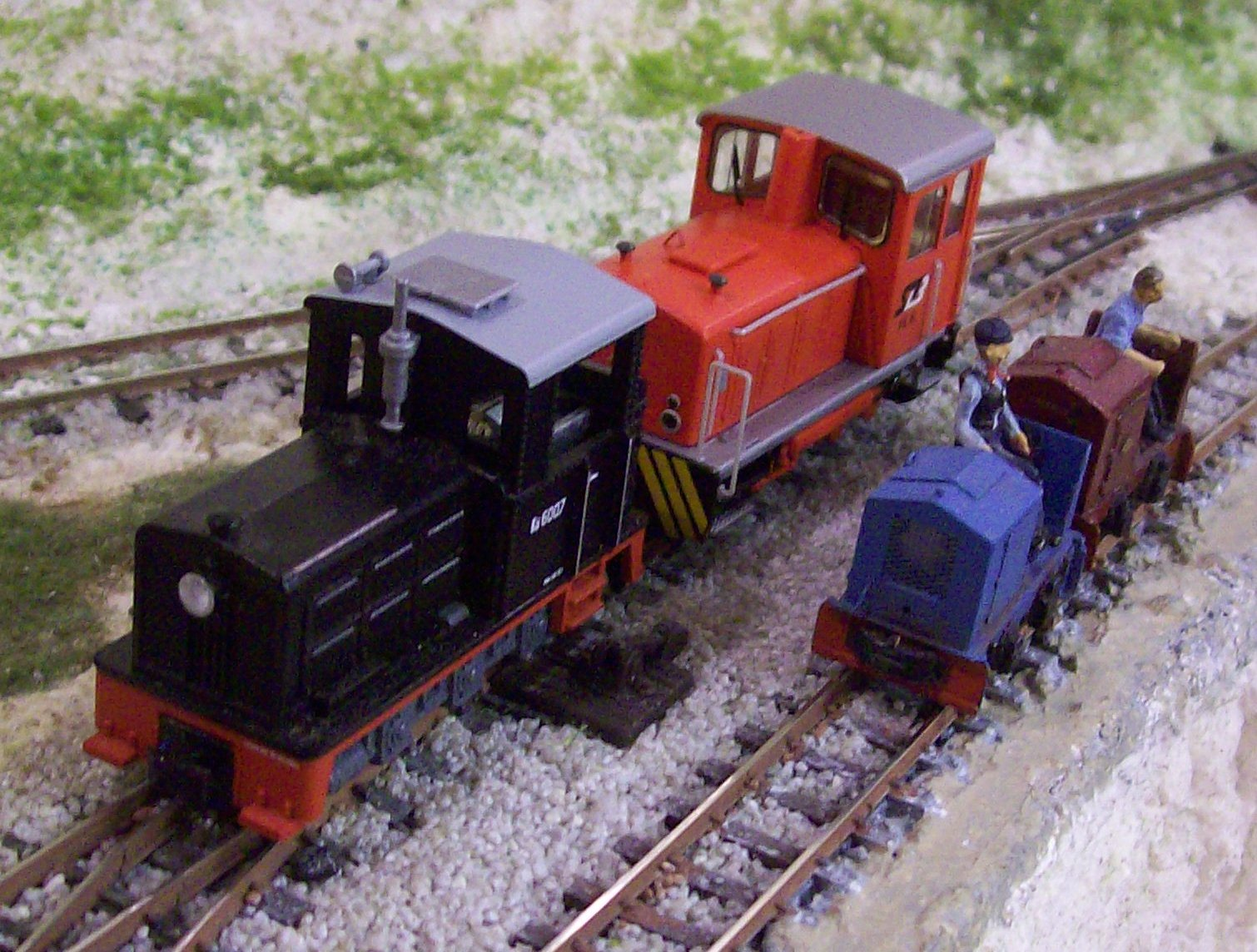 Click for ROCO, Liliput & O&K locomotive size comparison pics