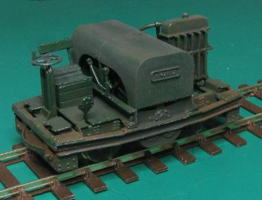 Click for a bigger picture of the 7mm scale Simplex loco